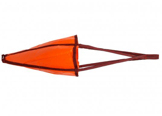 Dieser robuste Treibanker ist hervorragend geeignet um die Abdrift- oder Vorwärtsbewegung Ihres Bootes zu verringern. Außerdem hält er ihr Boot im Wind oder in der Strömung.