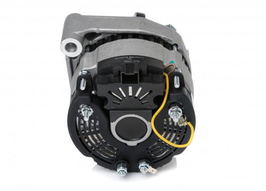 Optimale Leistung zu einem guten Preis –die werksüberholten Lichtmaschinen sind in verschiedenen Ausführungen lieferbar und passen an eine Vielzahl von Motoren. Weitere Lichtmaschinen, spezielle Typen bekommen Sie auf Anfrage.  (Bild 10 von 16)