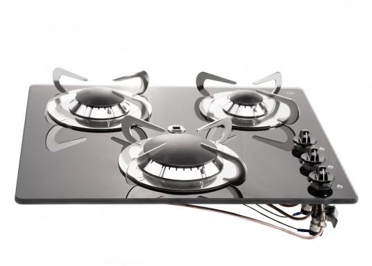 Der3-flammiger Einbaukocher besticht durch sein edles Design mit schwarzer Glaskeramik. Die Brennersind jeweils mit einer Zündsicherung ausgestattet. CE-Zulassung.Anschlussdruck: 30 mbar.  (Bild 2 von 7)