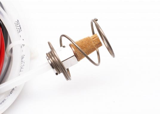 Chauffage à pétrole lampant Wallas, idéal pour la cabine ou le poste de pilotage. Commandes de contrôle inclusent. Une sortie air chaud.  (Image 7 de 8)