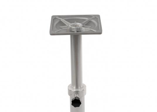 Bequeme Höhenverstellung! Der stabile Tischfuß aus Aluminium kann dank der einigebauten Gasfeder sehr einfach in der Höhe angepasst werden. Höhe: von 500mm bis 755 mm.  (Bild 5 von 5)