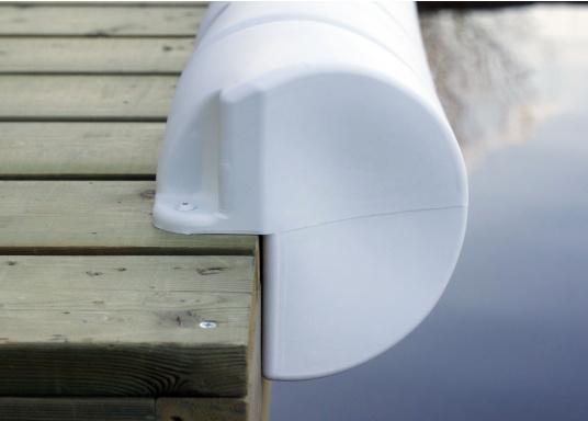 Ormeggio sicuro e facile anche in presenza di forti correnti e di venti laterali. Questo parabordo per pontili è un vero e proprio paraurti per la vostra barca e il pontile.  (Immagine 2 di 2)