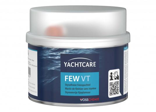 FEW-VT ist ein styrolfreier, zweikomponentiger Polyester Zieh- und Feinspachtel. Der Spachtel ist eine besonders leicht schleifbare, weiße Feinspachtelmasse für porenfreie, glatte Oberflächen.