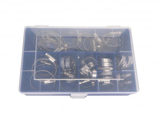 Schlauchschellen-Set in stabiler Kunststoffbox mit verschließbarem Deckel. Die Box ist mit Edelstahl-Schlauchschellen in unterschiedlichen Spannbereichen speziell für den Bedarf an Bord sortiert. Erhältlich in zwei Ausführungen. (Bild 3 von 3)