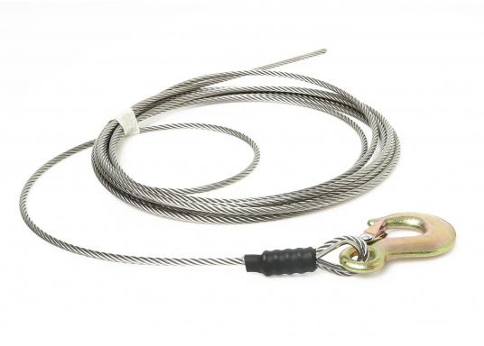 Câble de remorquepour un levage sans à-coups. Prêt à être utilisé. Avec 6 m ou 9 m de câble galva de5mm et crochet galva. Charge de travail : 1 T. Rupture : 1.5 T.  (Image 3 de 4)