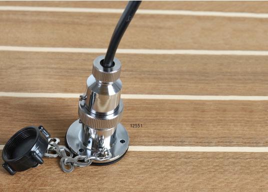 Diese Steckverbindungen aus Messing, verchromt sind gut geeignet für den Anschluss von Positionslaternen, Scheinwerfern etc. Sie sind wasserdicht und seewasserfest. Erhältlich in verschiedenen Ausführungen.  (Bild 3 von 6)