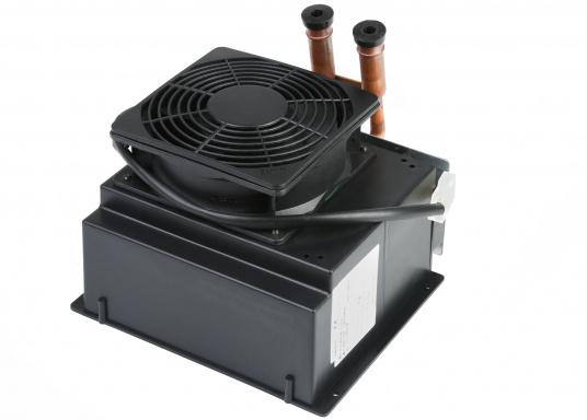 Warmwasser-Luft-Wärmetauscher und Heizgebläse, geeignet für Warmwasserheizungen oder Direktmontage in den Motorkreislauf.Erhältlich in zwei Ausführungen: Als 12 V oder 24 V Version.  (Bild 5 von 5)