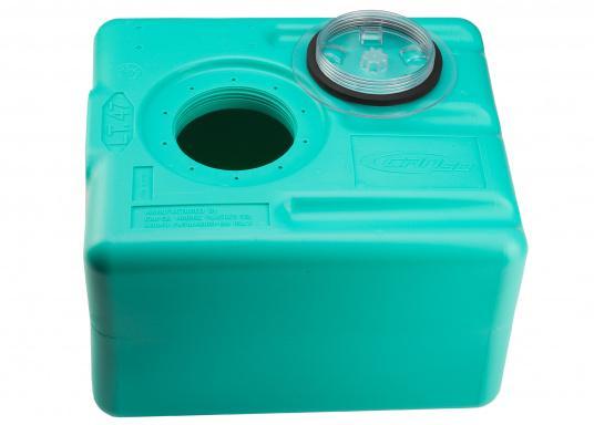 Stabile Tanks aus hochwertigem und geschmacksneutralem Kunststoff. Mit CE-Zulassung. Die Tanks werden mit einem Handlochdeckel geliefert. Als Anschluss können an beliebiger Stelle Stutzen in den Tank eingesetzt werden. Lieferbar in verschiedenen Größen.  (Bild 7 von 11)