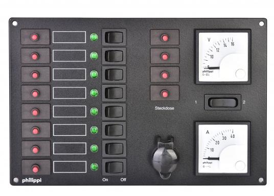 8 Stromkreise mit thermischen Schutzschaltern, Leuchtdiodenanzeigen und Wippschaltern. Ausstattung: 4 zusätzliche Schutzschalter, abgesicherten Kleinsteckdose, 12 V Voltmeter, Amperemeter mit Drehspulmeßwerken.  (Bild 3 von 4)