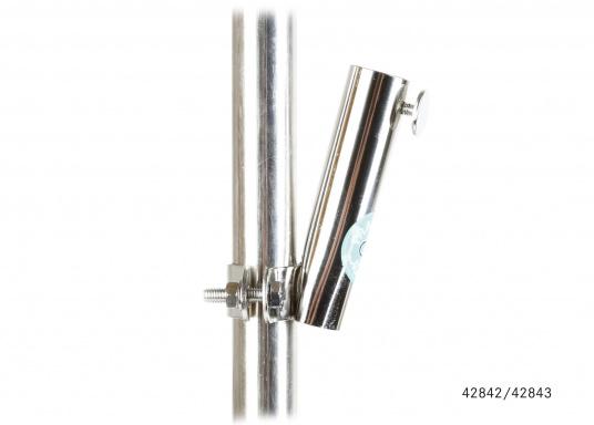 Diese Flaggenstockhalter aus rostfreiem Edelstahl sind für waagerechte oder senkrechte Installation erhältlich. (Bild 2 von 3)