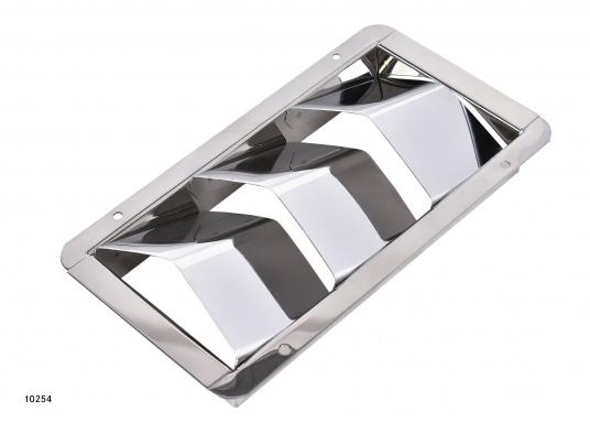 Ces bouches et collecteurs sont en acier inox. Les bouches d'aération sont disponibles en trois tailles et conviennent aux systèmes de ventilation de cales moteur. Les collecteurs reçoivent des conduits de 75 mm.  (Image 2 de 13)