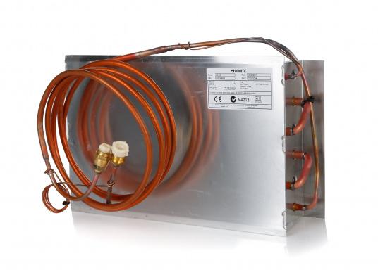 Der Kupfer-Aluminium-Lamellenverdampfer hat eine große Oberfläche und bietet somit hervorragende Kühleigenschaften durch Kühllamellen. Er ist besonders geeignet für hohe Umgebungstemperaturen und große Kühlrauminhalte.