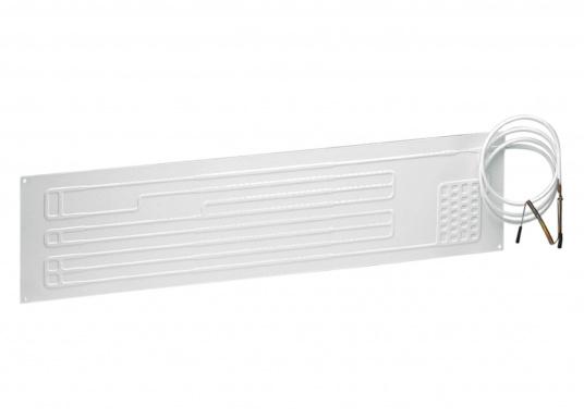 Dieser Flach-Verdampfer bietet eine sehr große Oberfläche. Durch Biegen kann er der Kühlbox angepasst werden.Für die Tiefkühlung sollte der Verdampfer mindestens 3 Seiten des Kühlboxinnenraumes abdecken.