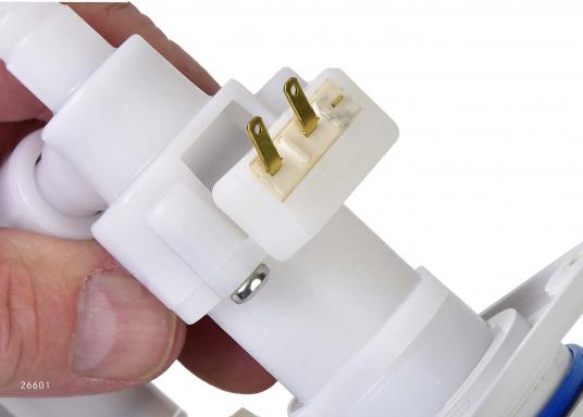 Für kleine Platzverhältnisse– die raumsparende Bauweise dieser Wasserhähne ermöglicht den Einsatz auch in kleinen Waschräumen oder dem Pantry-Bereich. Lieferbar in verschiedenen Ausführungen.  (Bild 11 von 11)