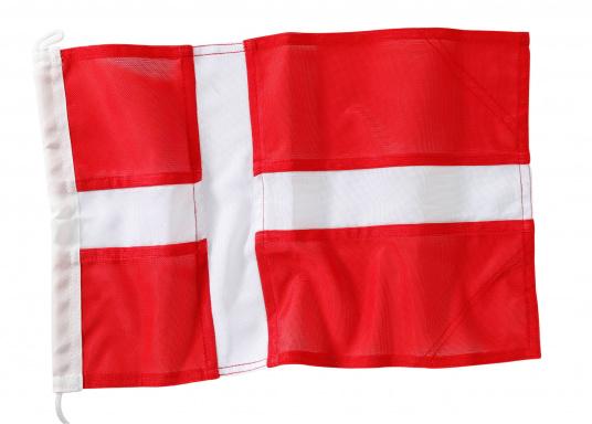 Robuste Nylon-Flaggen mit offiziellem Landesflaggen-Druck: Dänemark. Hochwertige Verarbeitung mit 100%-Durchdruck, schnelle und einfache Befestigung.Ideal für die Verwendung als Länder- und Gastlandflagge.