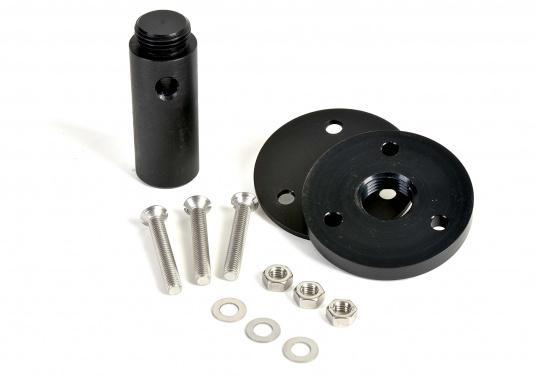 Der Aufbausockel erlaubt die Montage des Autopiloten auf waagerechter Oberfläche. Die unterschiedlichen Höhen gleichen den Abstand zwischen Montagefläche und Pinne aus. Erhältlich in verschiedenen Größen. (Bild 2 von 6)