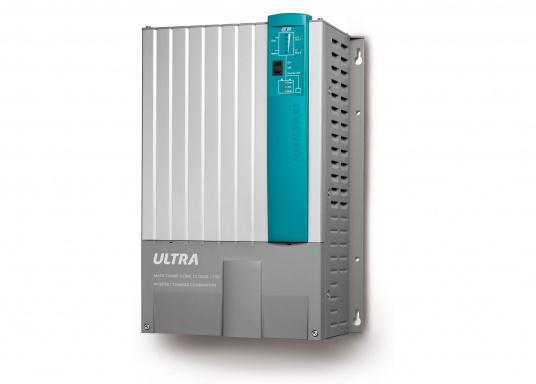 Der MASS COMBI ULTRA fasst die fortschrittlichste Technik (V6 Hochfrequenz Technologie) in einem kompakten Paket zusammen. Er vereint Sinus-Wechselrichter und Batterie-IUOU-Ladegerät in einem Gehäuse. Nennspannung: 12 V. Empfohlene Batteriekapazität: 300 - 900 Ah.  (Bild 2 von 8)