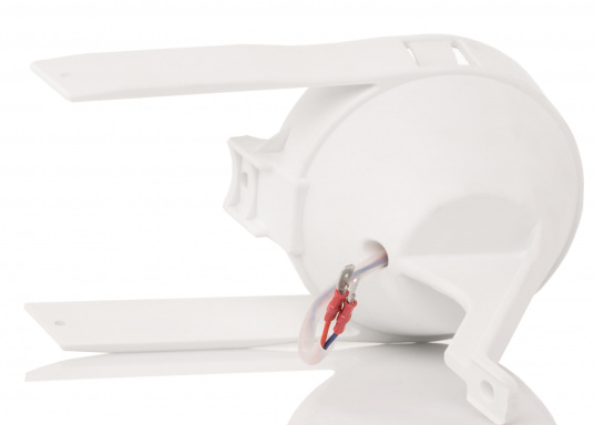 Suitable for any mast profile! Thanks to the flexible mounting straps, this floodlight fits any mast profile. Power LEDs with lens ensure optimum illumination of the deck.  (Image 6 of 8)