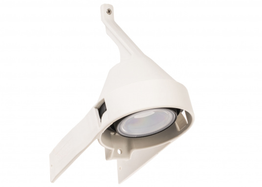 Suitable for any mast profile! Thanks to the flexible mounting straps, this floodlight fits any mast profile. Power LEDs with lens ensure optimum illumination of the deck.  (Image 3 of 8)