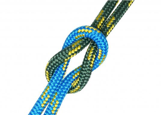High performance rope for sheets and halyards. Exclusively sold rope at SVB! Double braid construction rope with Dyneema® core and polyester cover. Top breaking load and minimal elongation.