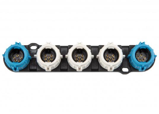 Das SeaTalk NG Starter Kit ist der perfekte Weg, Ihr SeaTalk NG kompatibles Raymarine Produkt im Netzwerk zu integrieren.  (Bild 4 von 6)
