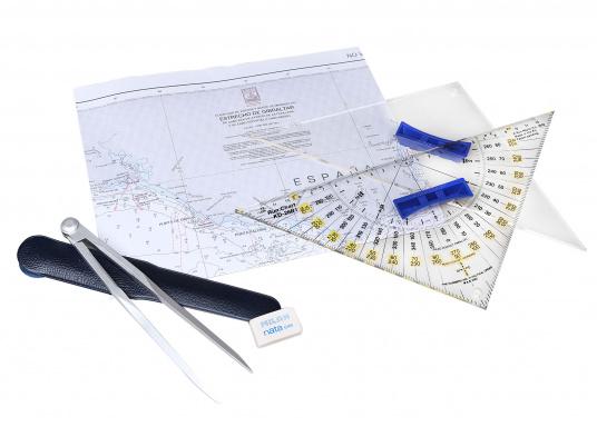 Das Navigations-Starterset beinhaltet alles, was Sie zur Navigation auf Seekarten benötigen: Kursdreieck, Anlegedreieck und Kartenzirkel. Gut verpackt in einer PVC-Tasche.