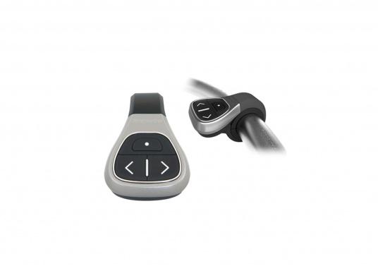 Mit dem kabellosen Bluetooth Bedientaster RCU-3 können Sie Ihr Raymarine Multifunktionsdisplay bedienen, ohne dabei das Steuerrad loslassen zu müssen. Geeignet sind Geräte aus der neuen Raymarine a, c, e und GS-Serie.