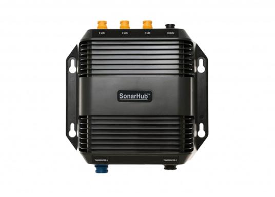 Das kompakte SonarHub™-Modul ist die Komplettlösung, mit der Sie Ihre Lowrance und Simrad Fischfinder / Kartenplotter mit moderner Sonar Technologie aufrüsten können. Ausgeführt als Plug-and-Play Komplett-Netzwerklösung wird es noch leichter, ergiebige Fanggründe zu finden. (Bild 4 von 5)