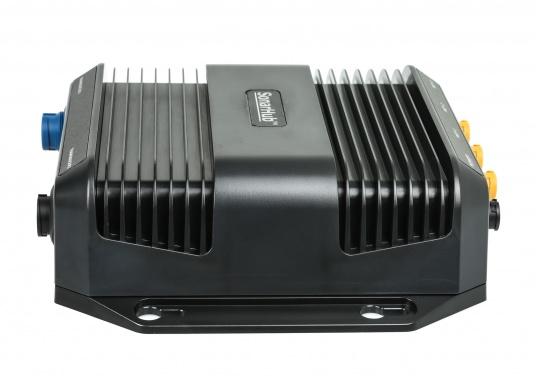 Das kompakte SonarHub™-Modul ist die Komplettlösung, mit der Sie Ihre Lowrance und Simrad Fischfinder / Kartenplotter mit moderner Sonar Technologie aufrüsten können. Ausgeführt als Plug-and-Play Komplett-Netzwerklösung wird es noch leichter, ergiebige Fanggründe zu finden. (Bild 3 von 5)