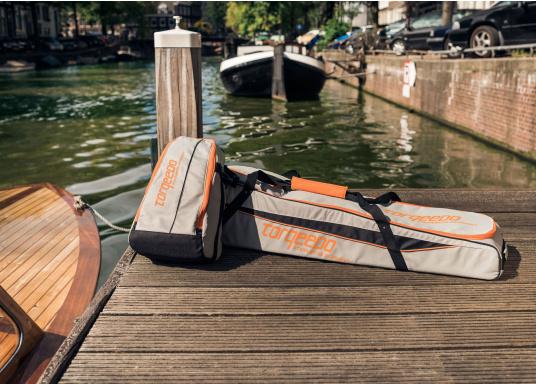 TORQEEDO - Transporttaschenset für Elektro - Außenborder TRAVEL 503/ 603 / 1003 / 1103. Bestehend aus zwei Taschen: Eine Tasche für den Motor (inklusive Pinne und Zubehör) und eine Tasche für den Akku.  (Bild 8 von 9)