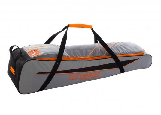 TORQEEDO - Transporttaschenset für Elektro - Außenborder TRAVEL 503/ 603 / 1003 / 1103. Bestehend aus zwei Taschen: Eine Tasche für den Motor (inklusive Pinne und Zubehör) und eine Tasche für den Akku.  (Bild 5 von 9)
