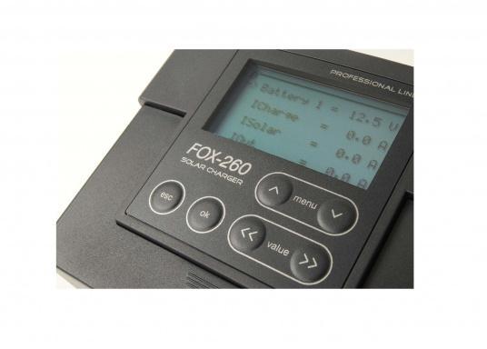 Der FOX-260 Lithium ist ein speziell für LiFe(Y)PO4 Batterien entwickelter Solar-Laderegler für 1 Batteriesystem und Modulströme bis zu 20 A. Anhand der vom Hersteller der Batterie zur Verfügung gestellten Datenblätter werden die Parameter im Regler gesetzt.  (Bild 3 von 7)