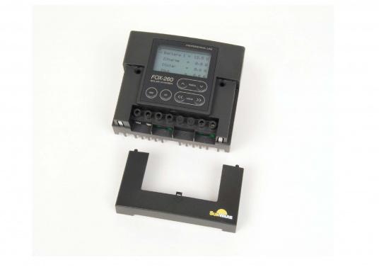 Der FOX-260 Lithium ist ein speziell für LiFe(Y)PO4 Batterien entwickelter Solar-Laderegler für 1 Batteriesystem und Modulströme bis zu 20 A. Anhand der vom Hersteller der Batterie zur Verfügung gestellten Datenblätter werden die Parameter im Regler gesetzt.  (Bild 5 von 7)
