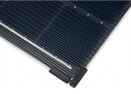 Die Solarmodule der Power M-Serie überzeugen durch hohe Effizienz und attraktives Design. Die Höhe des Modul-Aufbaus beträgt lediglich 5 mm. Die Module können bis zu einer Krümmung von maximal 3 % überall montiert werden und sind bei komplettflächiger fester Anbringung begehbar.  (Bild 7 von 8)