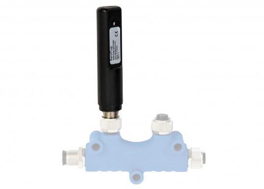 Der kleine BaroPlug wird einfach an das Backbone Kabel des NMEA 2000 Netzwerks angeschlossen. Er liefert nun den aktuellen Luftdruck, der jetzt auf jedem geeignetem Display im System abgelesen werden kan  (Bild 2 von 3)