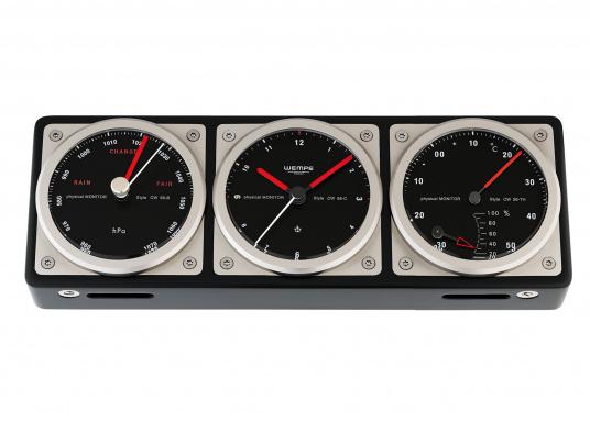 Mit der neuen COMMANDER Serie präsentiert WEMPE ein weiteres Highlight maritimer Feinmechanik. Das Kombiinstrument zeigt auf einen Blick die wichtigen seemännischen Grundwerte an: Uhrzeit, Luftdruck, Temperatur sowie die Luftfeuchtigkeit. Abmessungen: 251 x 88 x 32 mm.