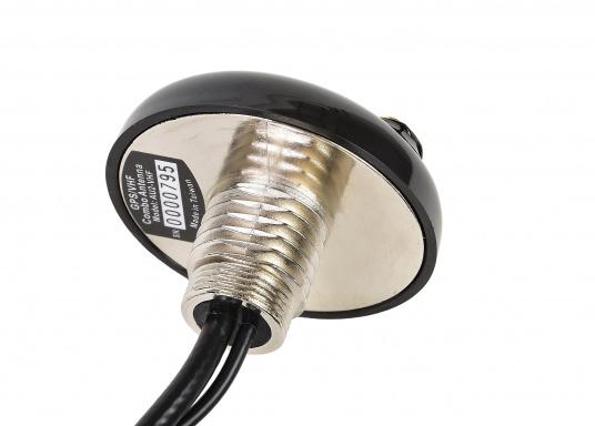 Passive AIS-GPS Kombi-Antenne für GPS-Empfang und AIS-Aussendung für den Einsatz an AIS-Transpondern. Kabellänge: 6 m, TNC-Adapter.  (Bild 4 von 5)