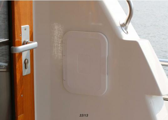 Einbaunische mit Tür, ideal geeignet als Sicherungskasten. Beschläge und Scharnierachsen aus verstärktem Kunststoff.  (Bild 3 von 7)