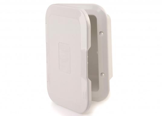 Einbaunische mit Tür, ideal geeignet als Sicherungskasten. Beschläge und Scharnierachsen aus verstärktem Kunststoff.
