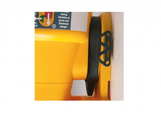 Der SafeSea E100G wurde entworfen, um den Bedürfnissen von Kommerz-, Fischerei- und Sportbooten gerecht zu werden.  (Bild 2 von 4)