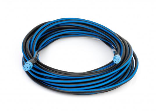 In einer SeaTalkNG Installation verläuft das Backbone-Kabel einmal durch das ganze Boot. Einzelne Geräte werden an den Backbone über ein T-Stück mit einem Spurkabel angeschlossen.  (Bild 6 von 6)