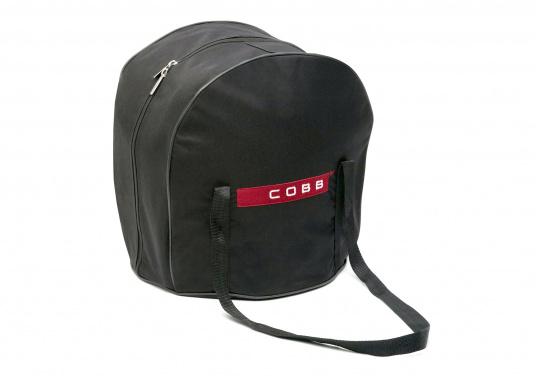 COBB on Tour! Einfach überall und flexibel Grillen. Die Tasche bietet viel Platz für den Grill und Zubehör. Mit dem Schultergurt wird das Tragen des Grill zum Kinderspiel.