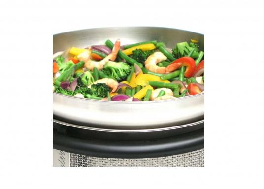 Für asiatische Gerichte, Pastasaucen, Popcorn uvm.! Der Wok kann optimal auf dem COBB Grill EASY TO GO und dem PREMIER verwendet werden. (Bild 5 von 6)