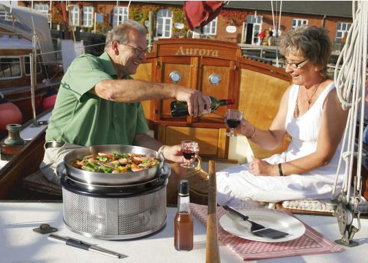 Für asiatische Gerichte, Pastasaucen, Popcorn uvm.! Der Wok kann optimal auf dem COBB Grill EASY TO GO und dem PREMIER verwendet werden. (Bild 4 von 6)