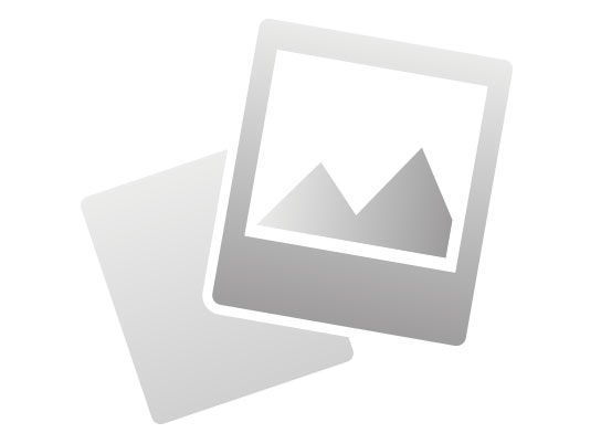 Powerful 230 V electronic fan with a PTC-ceramic-heating element. The fan heater provides a smooth temperature setting and a fan circuit. (Afbeelding 3 of 6)