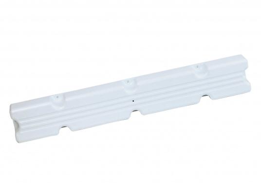 Ideale Fender für Anlege- und Schwimmstege in Weiß. Gerade Ausführung, für das Abpolstern des Steges. Maße Pontonfender: 100 x 12 x 7 cm.  (Bild 3 von 5)