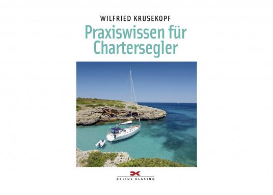 Das Buch richtet sich an Charterinteressierte mit bereits erster Segelerfahrung, die als aktive Crewmitglieder auf einer Charteryacht mitsegeln möchten, sowie an Segler, die die Yacht als kompetente Skipper führen wollen.