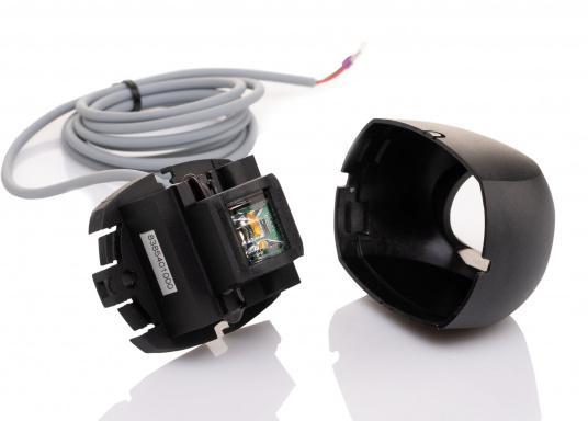 Attraktives Design, neuester technologischer Stand - die LED Serie 34. Absolut wartungsfrei, seewasserfest, UV-geschützt. Sehr geringer Energieverbrauch.  (Bild 3 von 8)