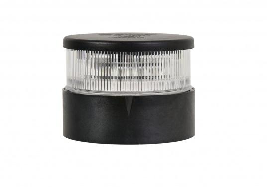 Attraktives Design, neuester technologischer Stand - die LED Serie 34. Absolut wartungsfrei, seewasserfest, UV-geschützt. Sehr geringer Energieverbrauch. (Bild 2 von 5)
