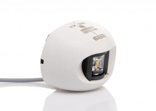 Attraktives Design, neuester technologischer Stand - die LED Serie 34. Absolut wartungsfrei, seewasserfest, UV-geschützt. Sehr geringer Energieverbrauch. (Bild 3 von 7)